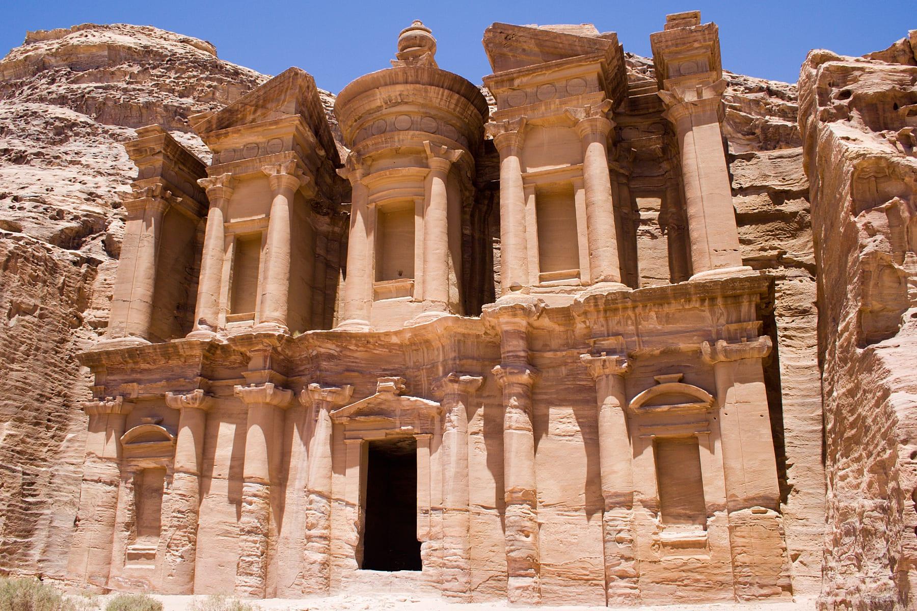 taxidi-iordania-wadi-rum